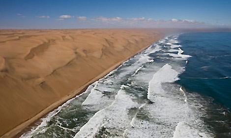 skeleton-coast-namibia-470.jpg